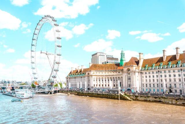 El London Eye. Una de las atracciones imprescindibles que hay que ver en Londres
