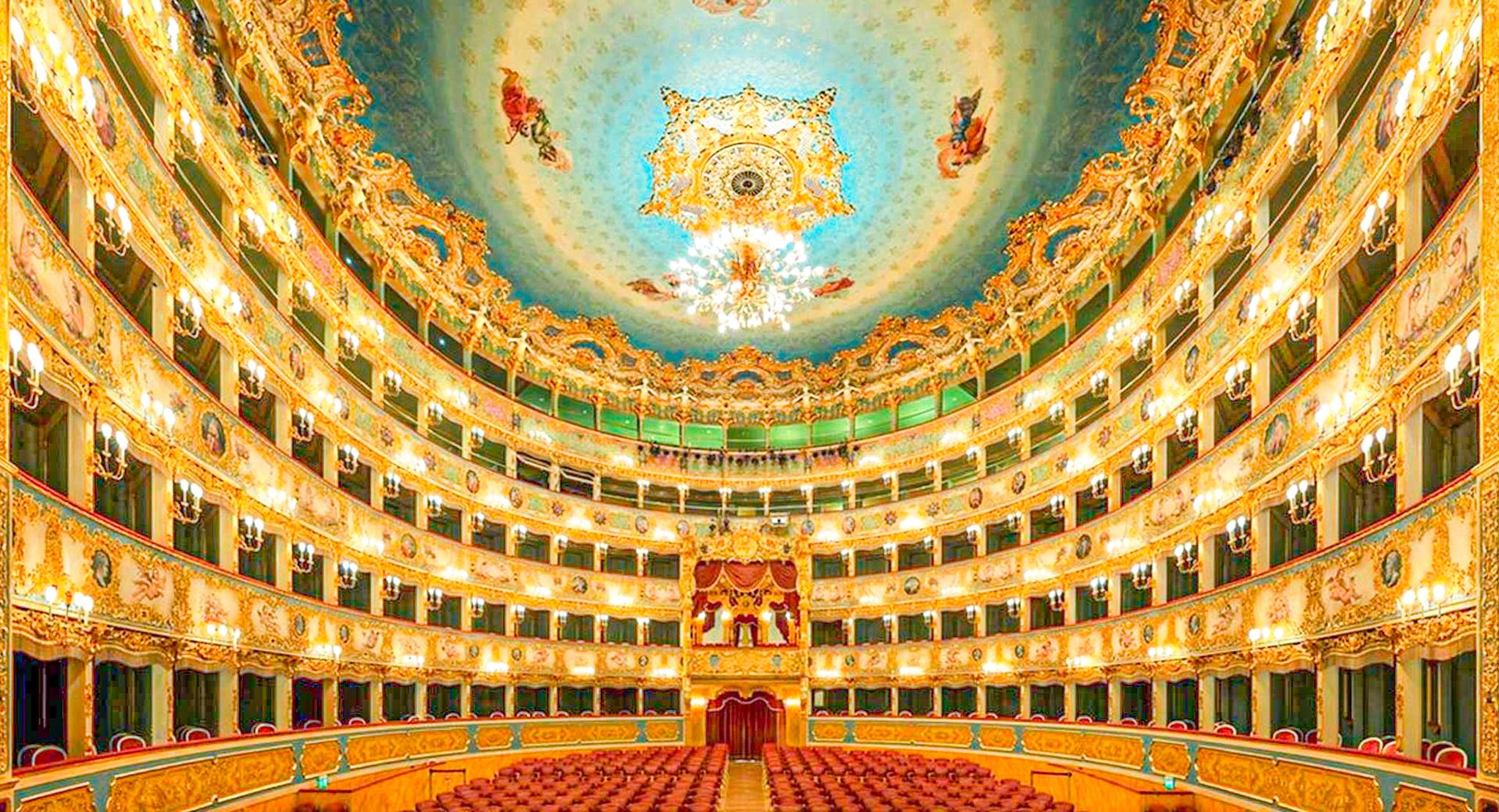 interior del teatro la Fenice