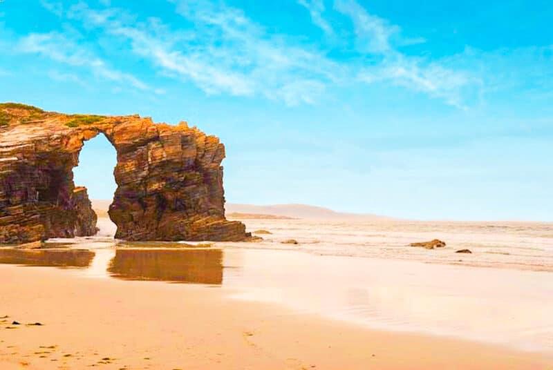 Los mejores lugares naturales de España: Playa de las Catedrales