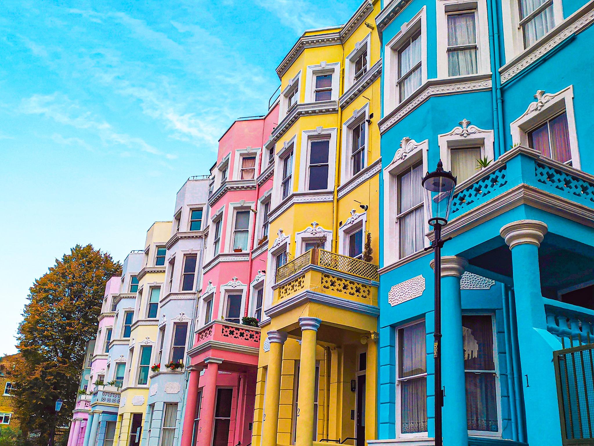 Fachadas de colores barrio de Notting Hill