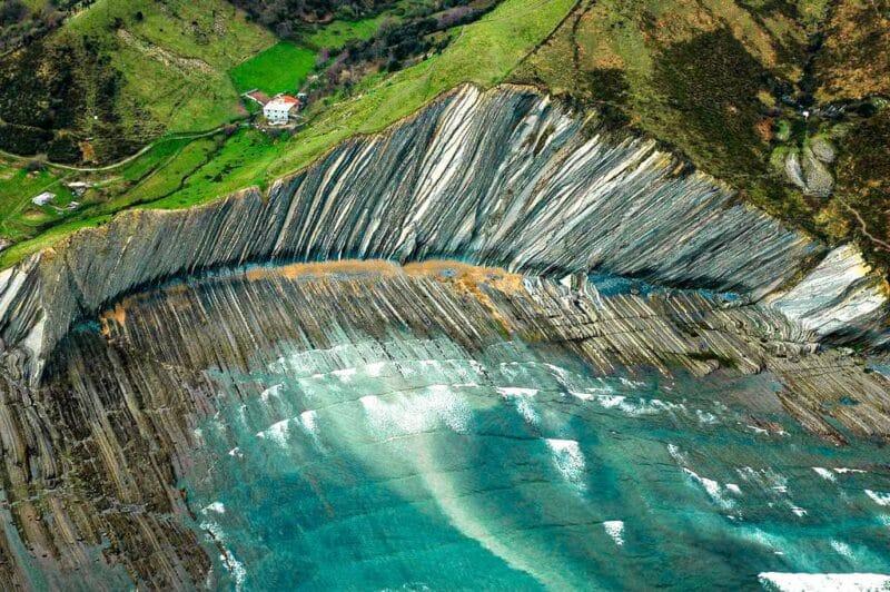 Los mejores lugares naturales de España: el Flysch de Zumaia