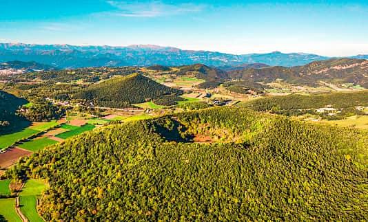 Los mejores lugares naturales de España: los volcanes de la Garrocha