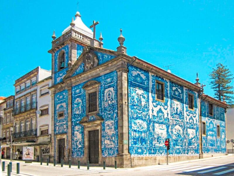 15 lugares que visitar en Oporto imprescindibles: la Capela das Almas