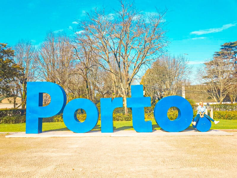 Guía completa de Oporto: letras con el nombre de la ciudad