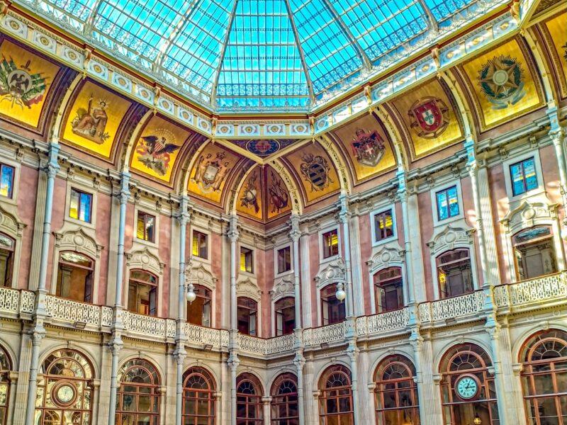15 lugares que visitar en Oporto imprescindibles: Palacio de la bolsa