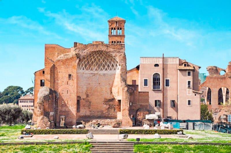 Qué ver cerca del Coliseo: La Domus Áurea