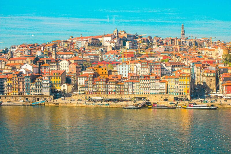 Guía completa sobre Oporto: vista de la Ribeira