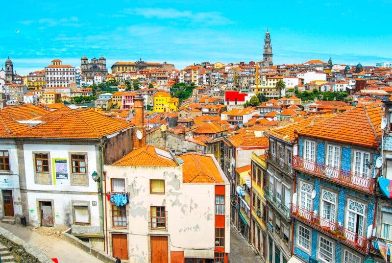 Guía completa de Oporto: vista aérea desde la esplanada de la catedral