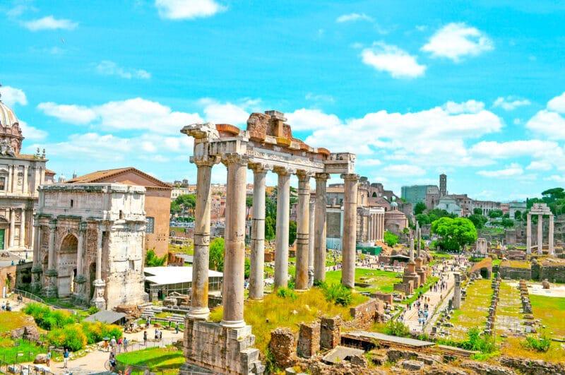 Qué ver cerca del Coliseo: Foro romano