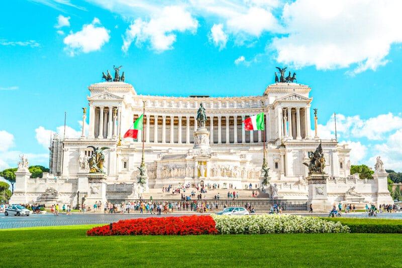 Qué ver cerca del Coliseo: Monumento a Vittorio Emanuele II
