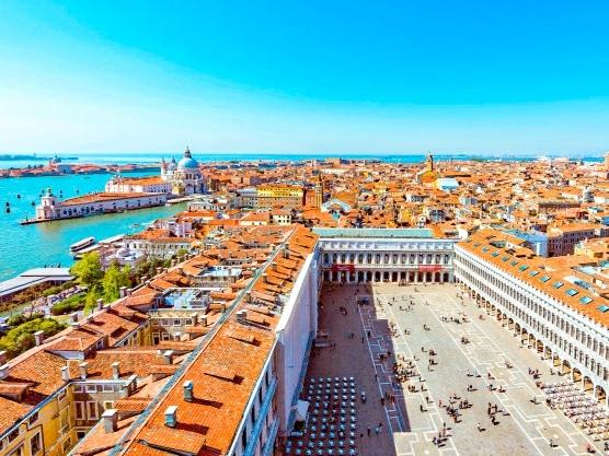 Los mejores miradores de Venecia.: vistas de la Plaza de San Marcos desde el Campanario