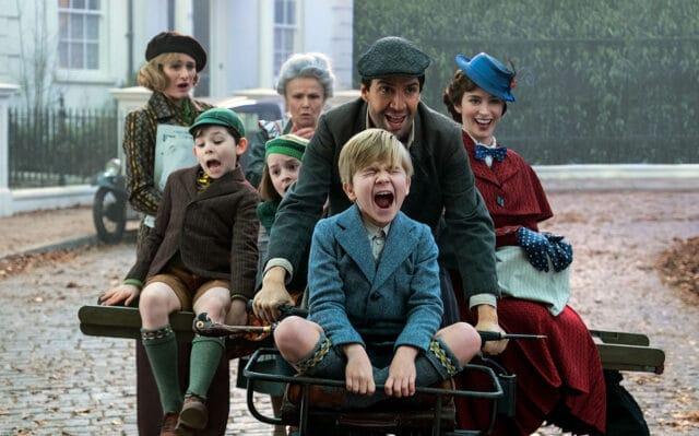Escena del regreso de mary Poppins