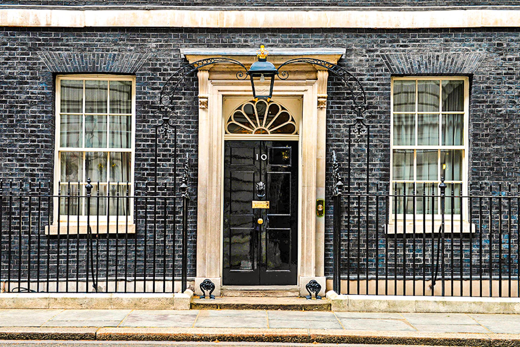 Entrada al número 10 de Downing Street Londres