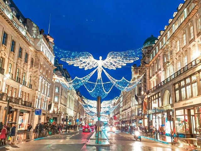 Iluminación Regent Street de Londres en navidad 2020
