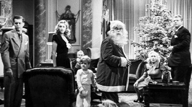 escena de una de las mejores películas clásicas para ver en Navidad It Happened on 5th Avenue,