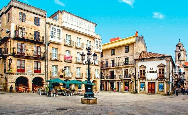 Plaza del casco viejo de Vigo, Rías Baixas