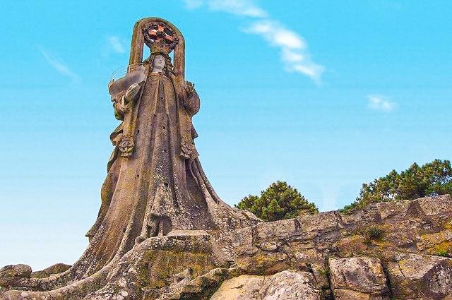 La Virgen de la Roca en Baiona, Rías Baixas