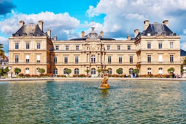 Los Jardines de Luxemburgo, la localización donde se reúne Assane (LUPIN) y Juliette Pellegrini