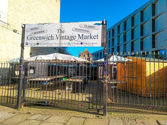 Entrada al mercado vintage de Greenwich