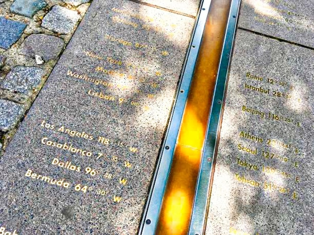 Línea que marca el Meridiano, una cosa imprescindible que ver en Greenwich