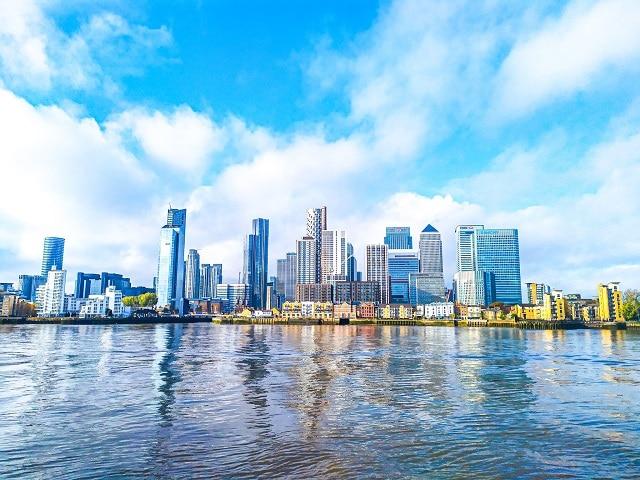 Espectaculares vistas de Canary Wharf desde el otro lado del río