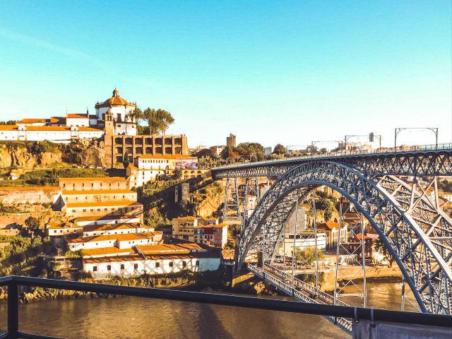 Vistas desde el bar del Guindalense FC, uno de los mejores lugares dónde  comer o tomar algo en Oporto