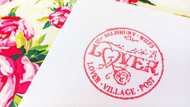 Famoso sello de Lover para celebrar San Valentín