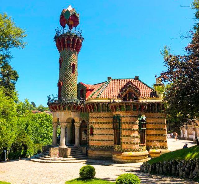 El Capricho de Gaudí, el lugar más importante que ver en Comillas en un día