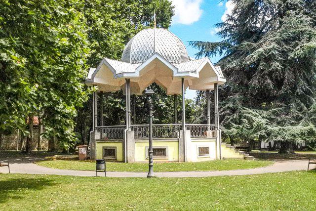 Kiosco de música del Parque Ferrera de Avilés