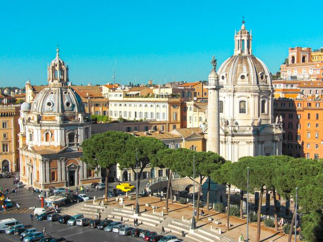 Vistas de las Columna Trajana desde el Vittoriano