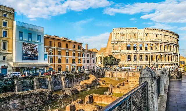 Restos del Ludus Magnus cerca del Coliseo