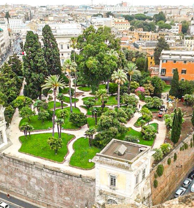 Vista aérea de los jardines de Villa Aldrobandini