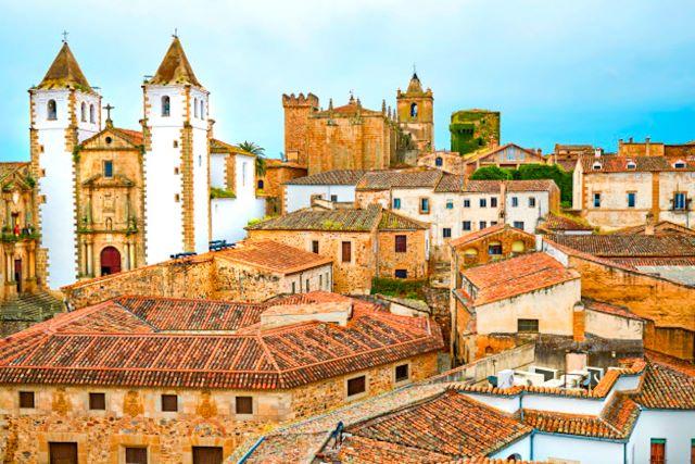 Vista aérea de l casco antiguo de Cáceres, uno de los más bonitos de España