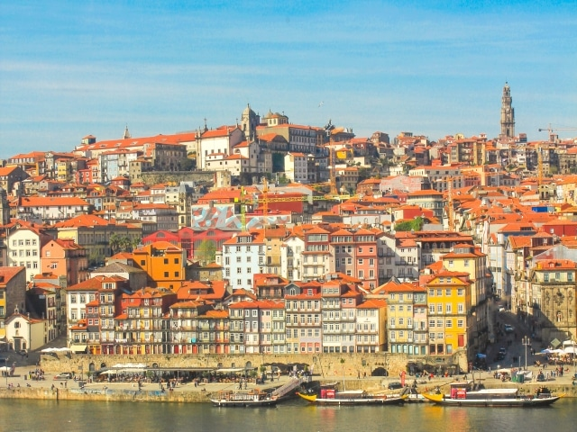 La Ribeira y el barrio de Sao Nicolau, la zona más típica y característico donde dormir en Oporto