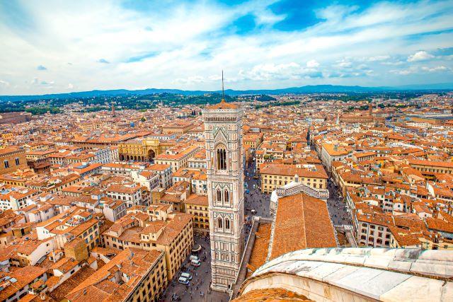Vista aérea del centro de Florencia con Il Campaniile como protagonista