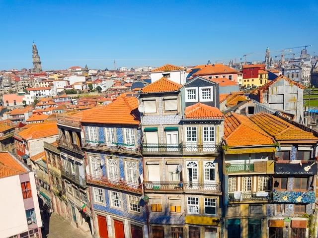 Vista del barrio de la Sé desde la explanada enfrente de la misma