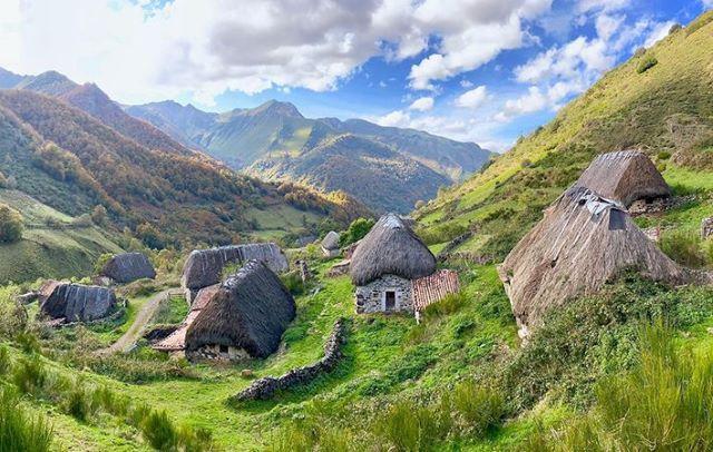 La braña de la Pornacal, uno de los lugares imprescindibles que ver en el interior de Asturias