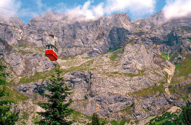 Teleférico de Fuente Dé, una de las visitas imprescindibles que hacer en Cantabria