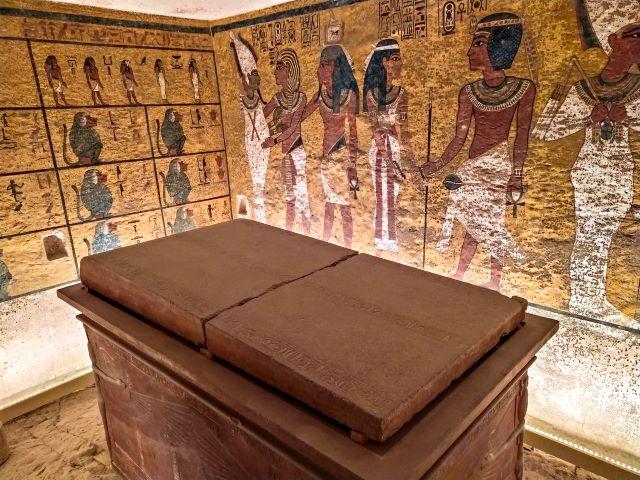 Interior de la tumba de Tutankhamon