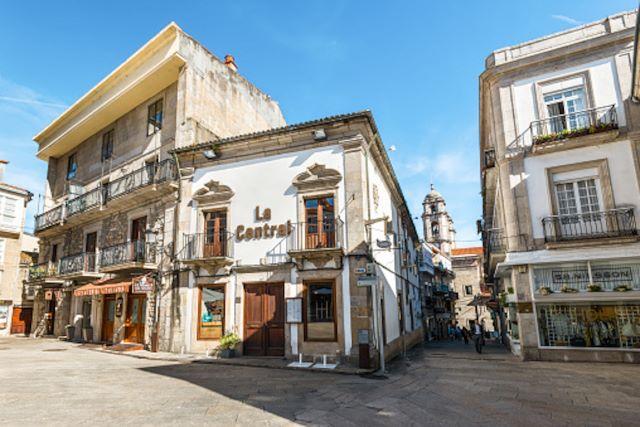 Plaza de la Constitución, un lugar imprescindible que visitar en Vigo en 1 o 2 días