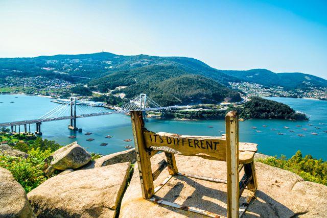 El mejor banco del mundo en Redondela, Vigo
