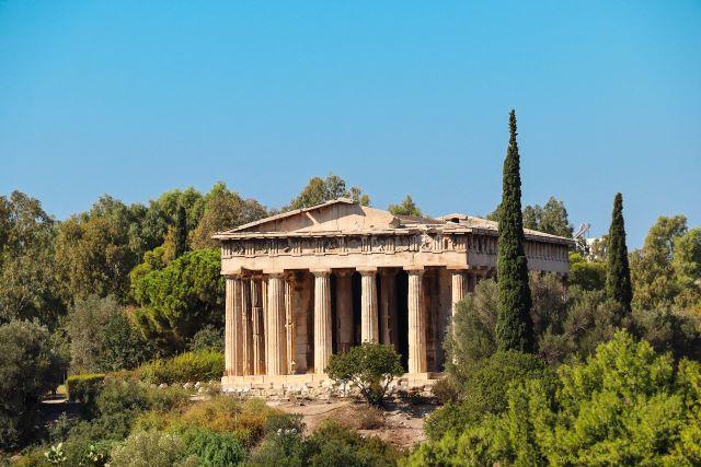 Templo de Hefesto en el ágora antigua, una de las visitas imprescindibles que hacer en Atenas