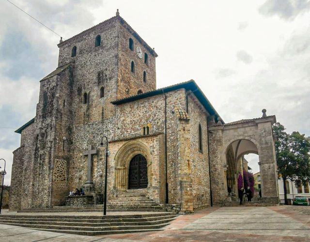 Santa María del Conceyu, uno de los lugares imprescindibles que ver en LLanes