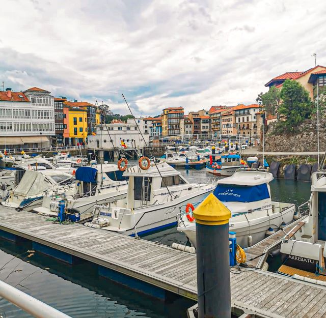 El puerto, uno de los lugares imprescindibles que ver en LLanes