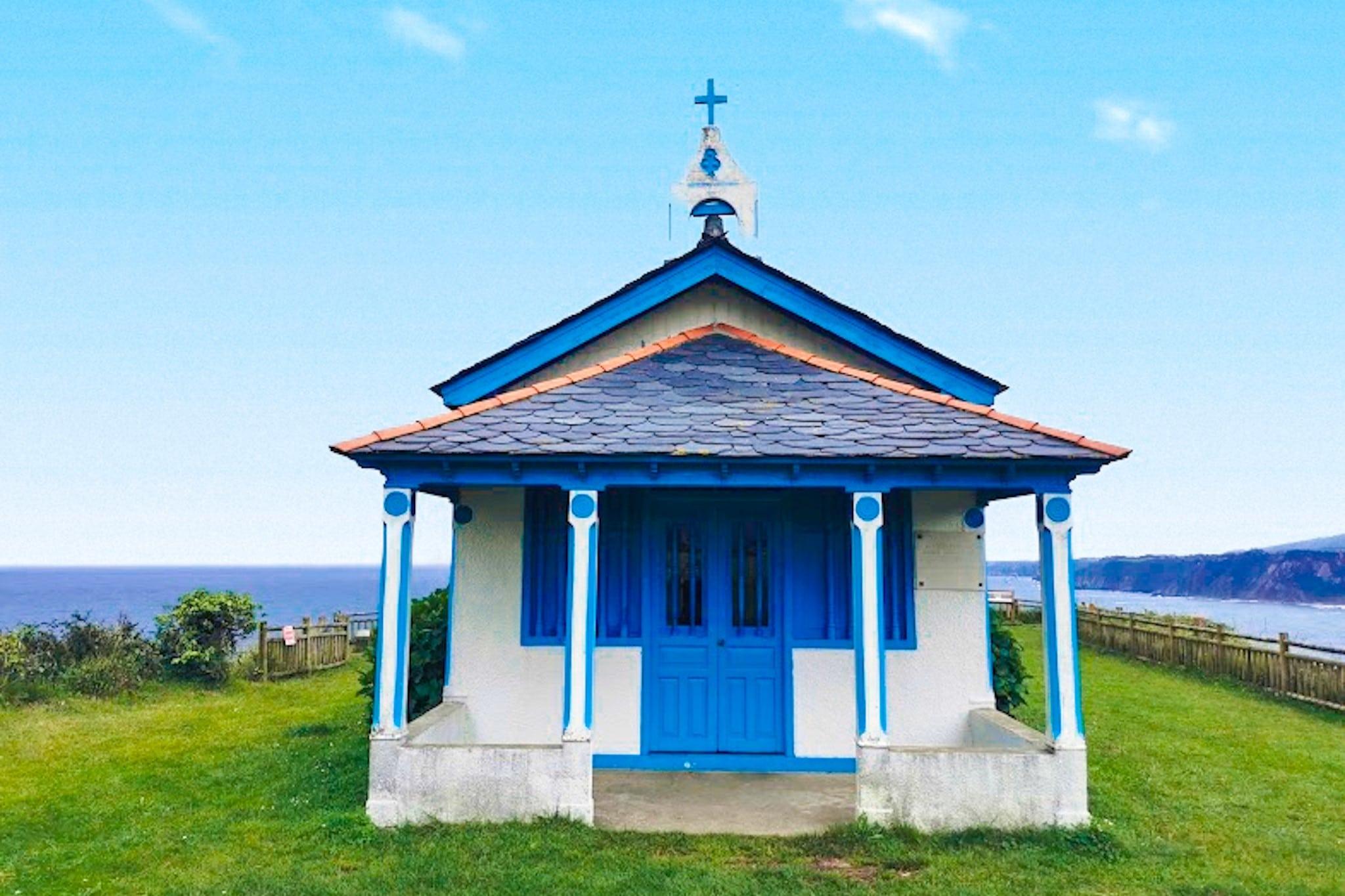 Ermita de la Regalina, uno de los mejores lugares que ver en los alrededores de Luarca